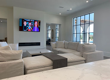 Pappelbon family room