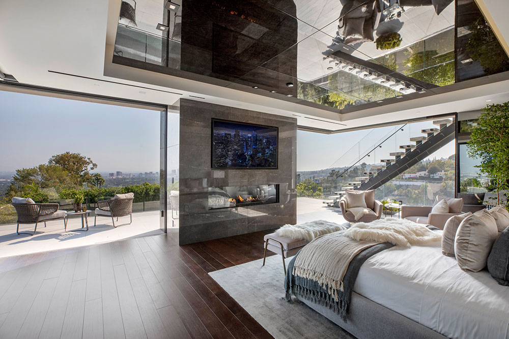 Summitridge bedroom patio
